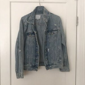 Old navy distressed denim jacket NEW size L